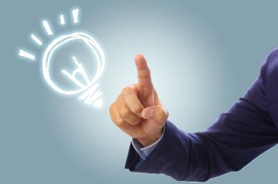 会社の部下や後輩からは流行や発想が学び仕事に活かそう