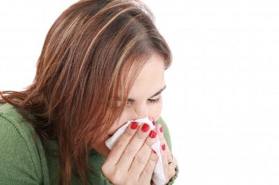 くしゃみが止まらない大事な会議デートでくしゃみを止める方法