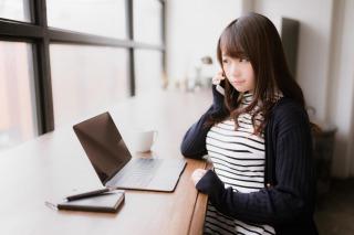 求人サイトと転職エージェントの違いメリットとデメリット
